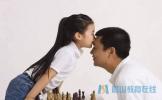 教育孩子上 爸爸比妈妈更胜任的十件事 | 精选