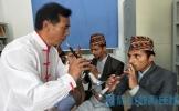 尼泊尔留学生来眉学习非遗唢呐文化