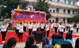 东坡区柳圣初中举行庆国庆文艺汇演