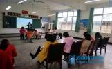 东坡区教研室调研正山口小学教学工作