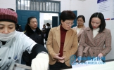 丹棱县委书记朱莉检查学校食品安全工作