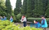 仁寿县文林三小开展清明祭扫烈士陵园活动