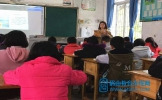 晋凤小学搭建平台 促教师教学提升